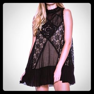💠 Gorgeous Brand New Lace Free People Dress